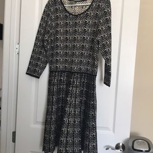 Beautiful dress with thick and warm material
